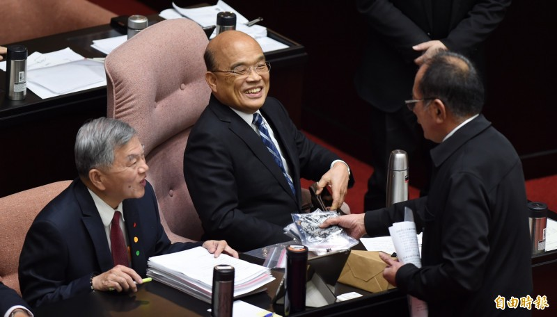 行政院院會今天通過「農民退休儲金條例草案」,建立農民退休金制度。圖為行政院長蘇貞昌。(資料照)