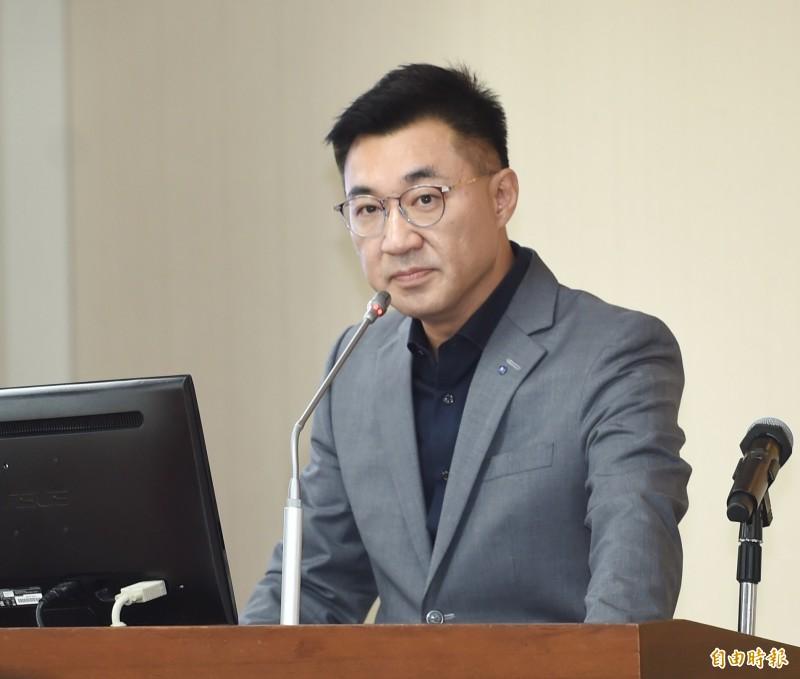 江啟臣說,吳斯懷的網路負面聲量很高,在媒體、民進黨用放大鏡看待下,吳的發言只要有一點歪掉,就會把國民黨往歪掉的地方帶去。(資料照)