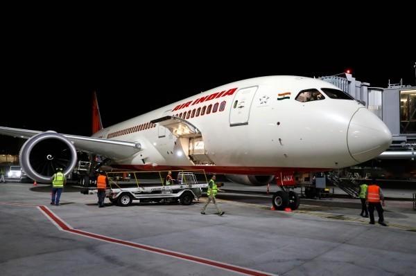 印度政府延長國際航班停飛時間。(法新社)