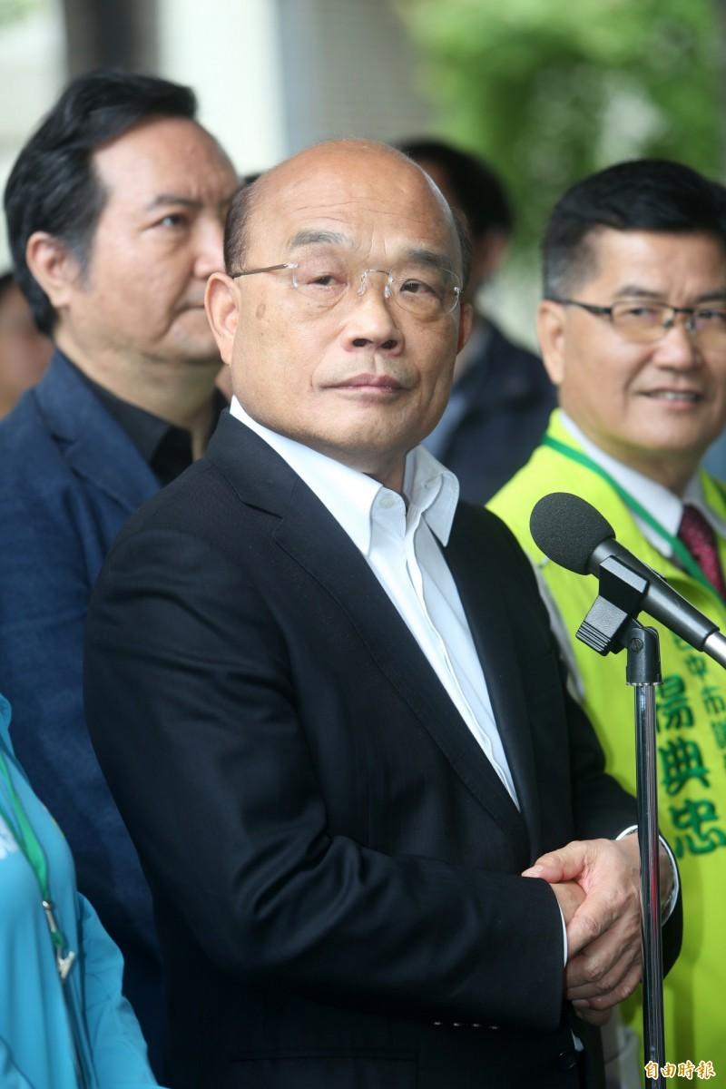 蘇貞昌表示,昨晚已找陳家欽談話,要他堅守崗位,並用司法證明對錯。(記者蔡淑媛攝)