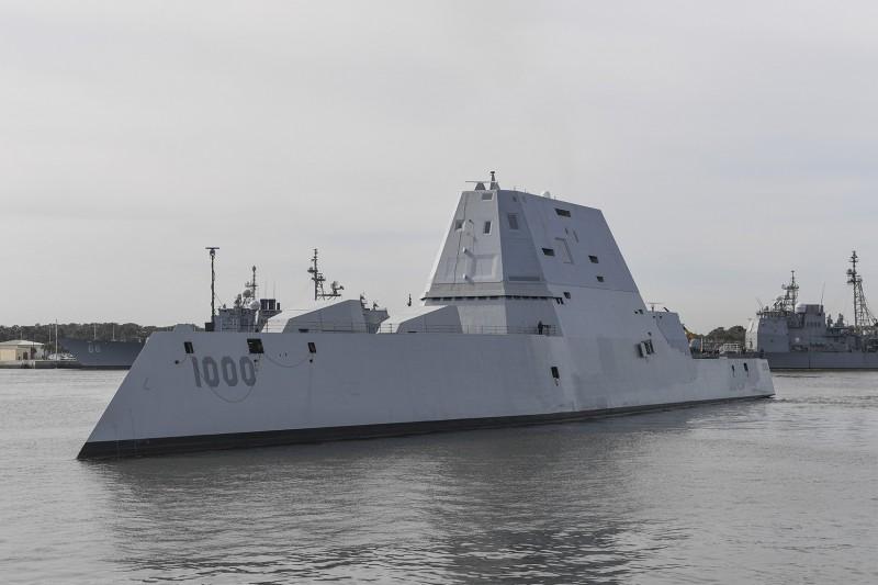 美國海軍匿蹤驅逐艦「朱瓦特號」(USS Zumwalt, DDG 1000)。(法新社)
