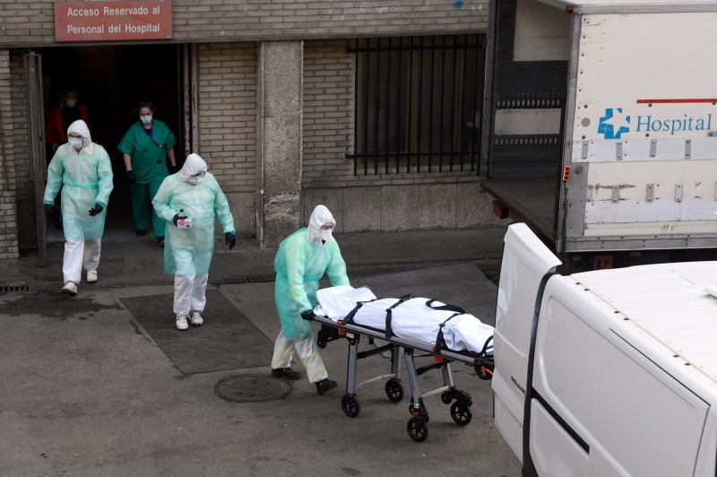西班牙官方今(30)日宣布,該國境內武漢肺炎累計確診病例數上升至85195例,共有7340人喪生、16780人治癒。(法新社)