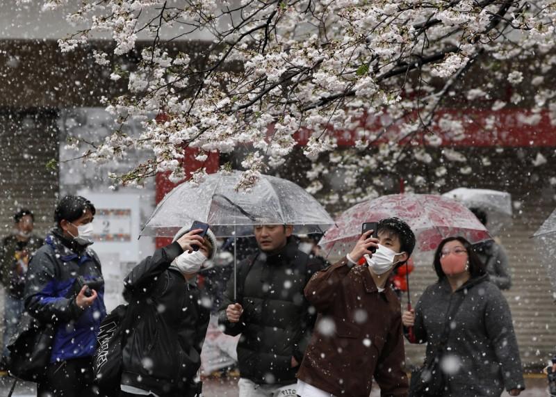 東京昨單日新增68例,創下新高紀錄。(歐新社)