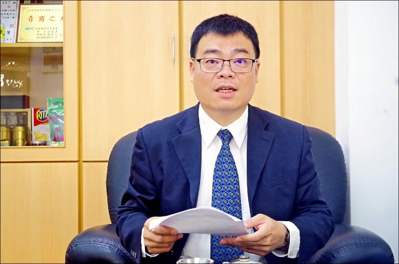 大林鎮長簡志偉認為疑因今年初選舉得罪派系,導致總預算案遭杯葛。(記者王善嬿攝)