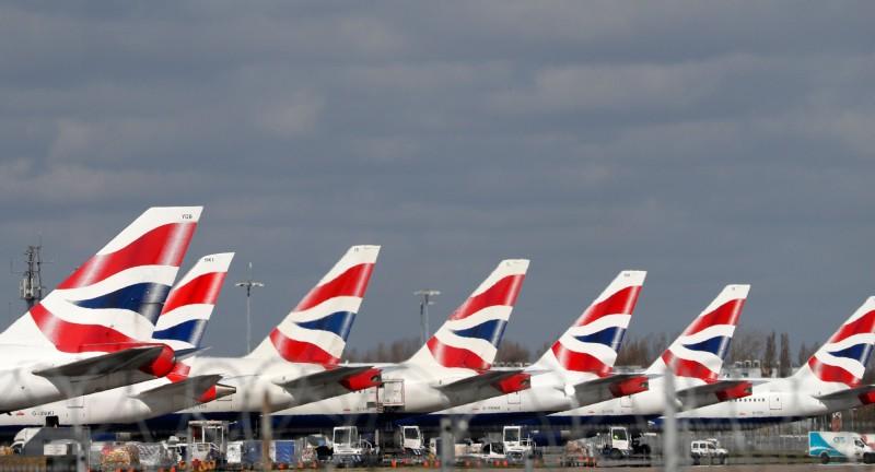 英國倫敦西區希思羅機場停滿停飛的英國航空公司飛機。 (法新社)