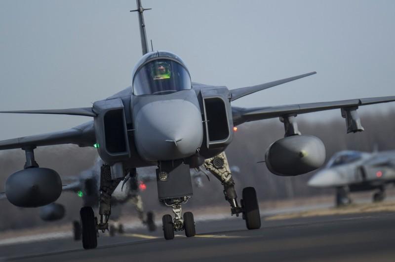 瑞典坤寶集團將生產首架雙座獅鷲F。示意圖。(歐新社)