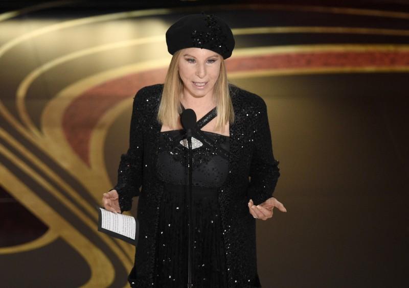 美國傳奇女歌手芭芭拉史翠珊(Barbra Streisand)今天在推特上肯定台灣抗疫作為,並以「國家」稱呼台灣。(美聯社擋案照)