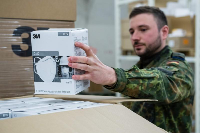 柏林政府希望德國聯邦國防軍可以護送防疫物資入境。(法新社資料照)