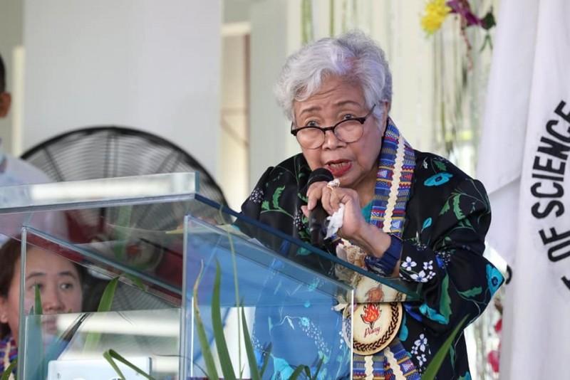 菲律賓教育部長布里歐尼斯(Leonor Briones)今日證實感染武漢肺炎,為菲律賓第2名確診的內閣首長。(翻攝自Facebook)