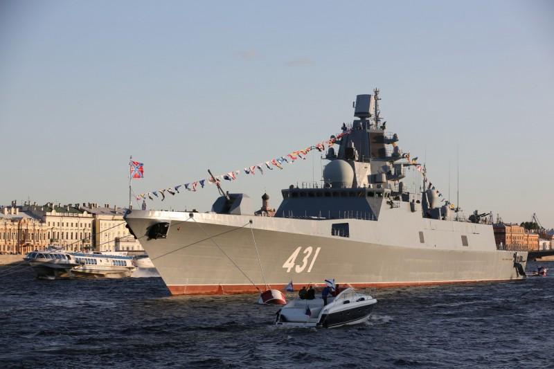 俄羅斯最新的22350型護衛艦「卡薩托諾夫海軍元帥號」將進行最終驗收測試,預計5月下旬至6月可交付海軍。(彭博)