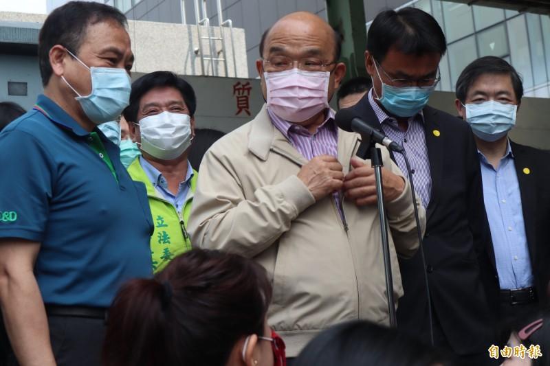行政院長蘇貞昌表示,張經義是因為在中國共產黨機關任職才被罰。(記者周湘芸攝)