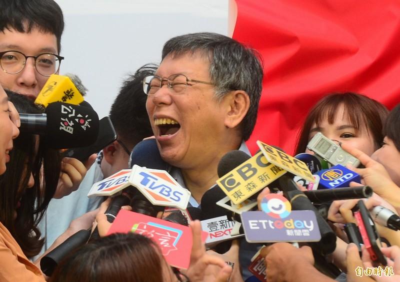 台北市長柯文哲日前在議會答詢表示,不要再稱「武漢肺炎」。對此,一向支持柯文哲的「館長」陳之漢直言感到「心痛、失望」甚至「厭惡」。(資料照)