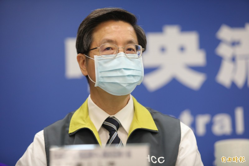 中央流行疫情指揮中心專家小組召集人張上淳說,海軍確診3例都出現嗅覺異常症狀,或許可以說是同個病毒株感染,但也可能只是剛好都出現這種症狀。(中央流行疫情指揮中心提供)