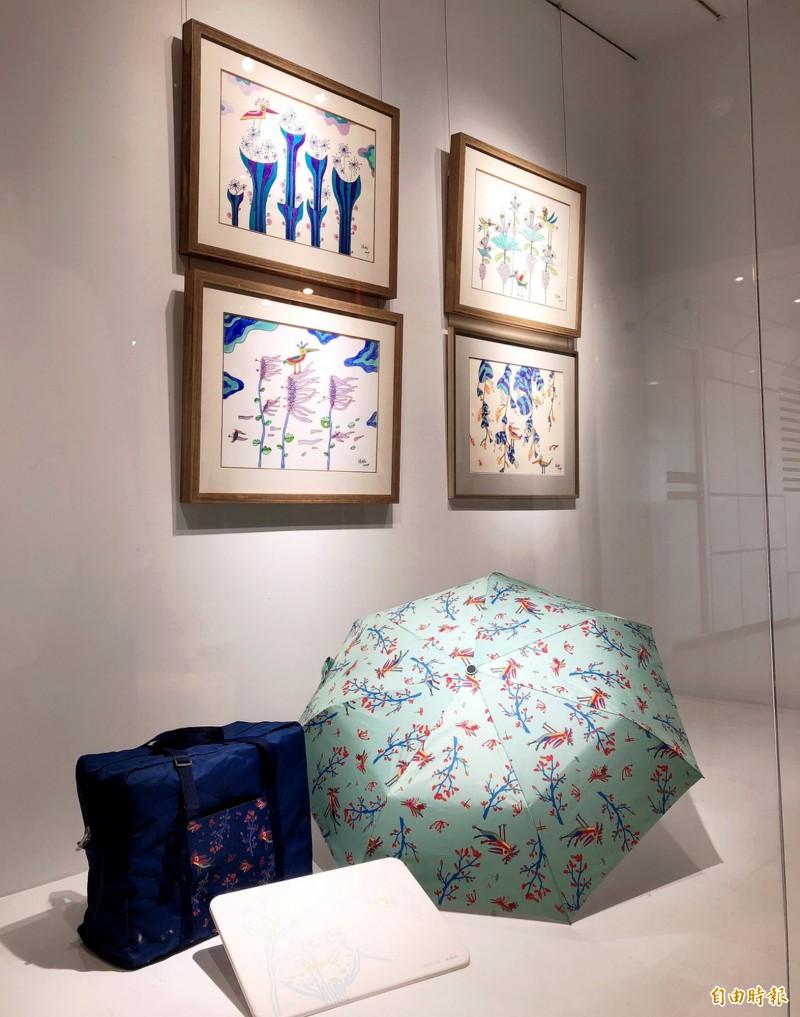 藝術家林純如的作品充滿童趣,也被製成文創商品。(記者張菁雅攝)