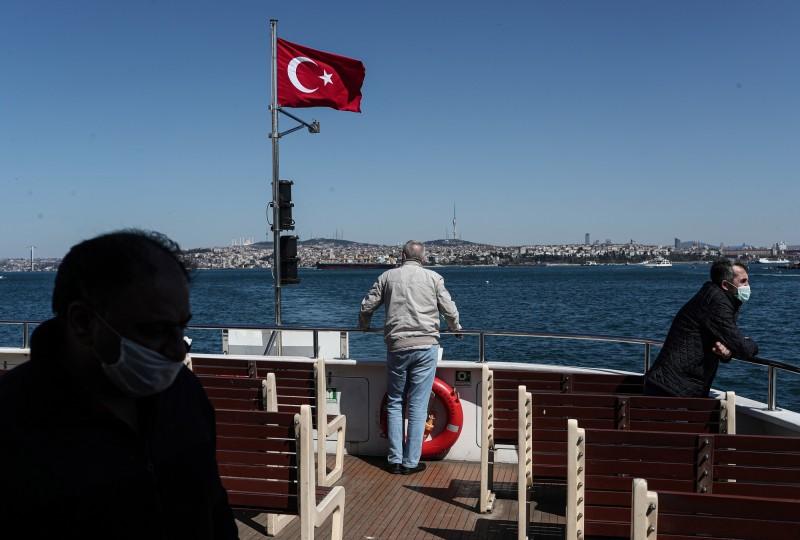 土耳其境內確診病例已上升至82329例,先前伊朗的80868例成為中東地區病例最多。(歐新社)