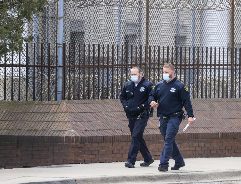 美國武漢肺炎疫情持續擴散,近日,密西根州有個16歲入獄、已服刑44年的60歲男囚犯,本來今年9月就能期滿出獄,卻不幸在獄中染疫,於上週病逝。圖為監獄示意圖,與當事新聞無關。(歐新社)
