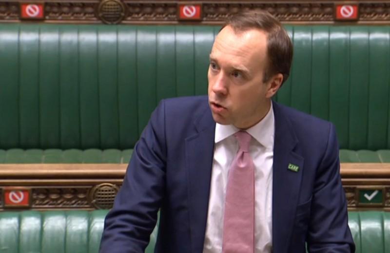 英國衛生大臣韓考克(見圖)今(22)日在議會中鄭重否認「脫歐導致英國護理師人手不足」的說法,稱脫歐絕沒有對防疫造成任何影響。(法新社)