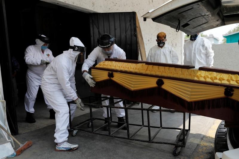 聖約翰斯港小鎮的鎮民在參加完葬禮後即被篩檢出確診武漢肺炎。圖為示意圖與本文無關。(路透)