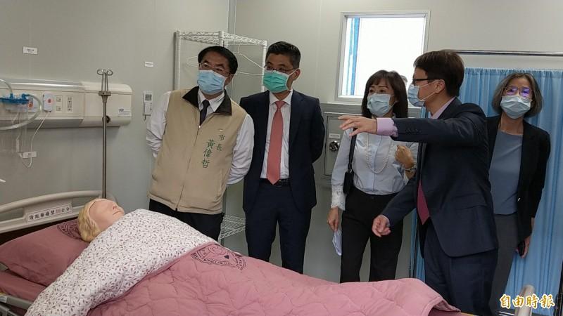 成大打造優質緊急檢疫醫院原型屋,研發過程並提供全球下載。 (記者劉婉君攝)