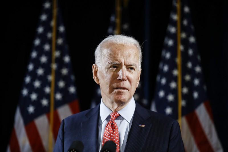 美國前副總統拜登(Joe Biden)幾乎底定代表民主黨參選總統,但他日前被爆出曾指侵參議院女助理,今(1日)將首次在電視採訪上親自說明此事。(美聯社)