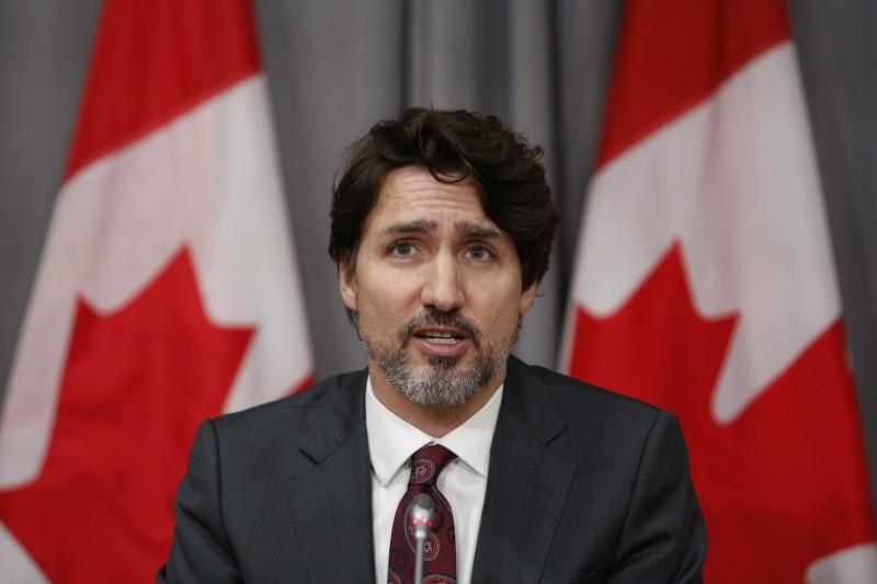 加拿大總理杜魯道1日宣布,將禁止軍事級攻擊武器的購買、出售、運輸、進口或使用。(彭博)