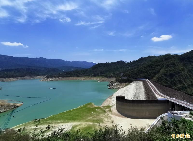 因降雨偏少,曾文水庫蓄水率已不到1成。(記者吳俊鋒攝)