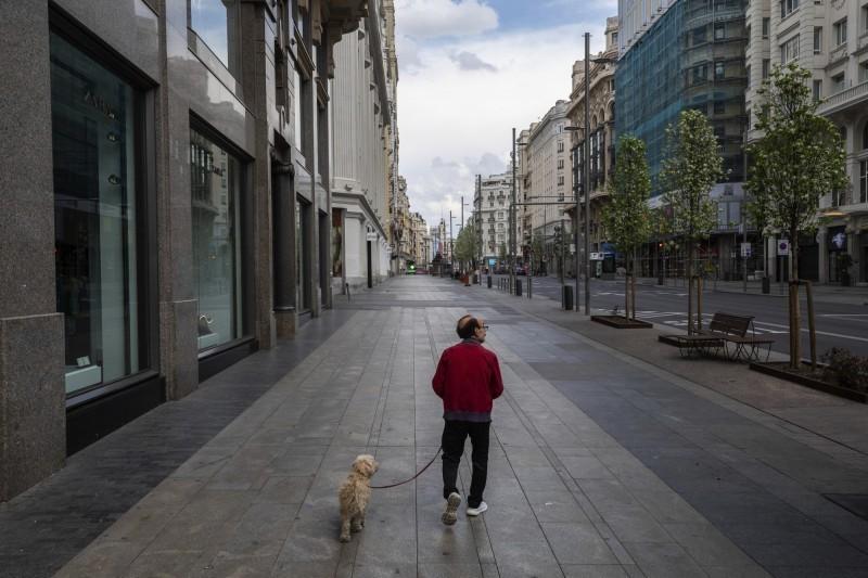 武漢肺炎疫情蔓延歐洲,西班牙今日新增1122例確診與213例死亡。(法新社)