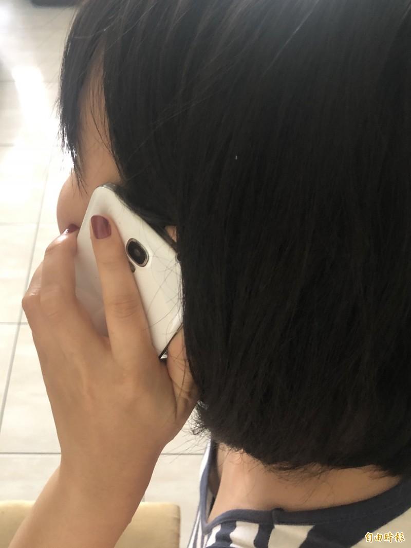 NCC公布去年手機內建軟體資安抽測結果,10款銷售量最高的手機樣本中,有9款通過測試。(記者羅綺攝)