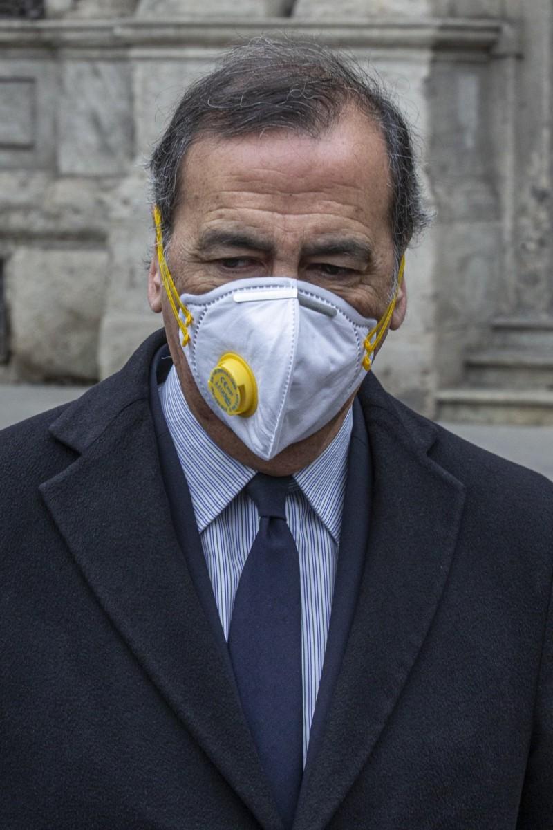 米蘭市長朱塞佩薩拉對於市民在封鎖後不遵守社交距離感到「可恥」,透過影片下達最後通牒。(歐新社)