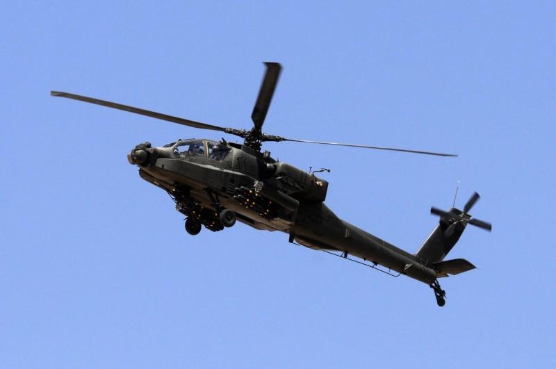 美國國務院批准為埃及的43架AH-64E阿帕契攻擊直升機進行翻新和升級,估計合約價格達到23億美元(約新台幣690億元)。埃及軍方阿帕契示意圖。(路透)