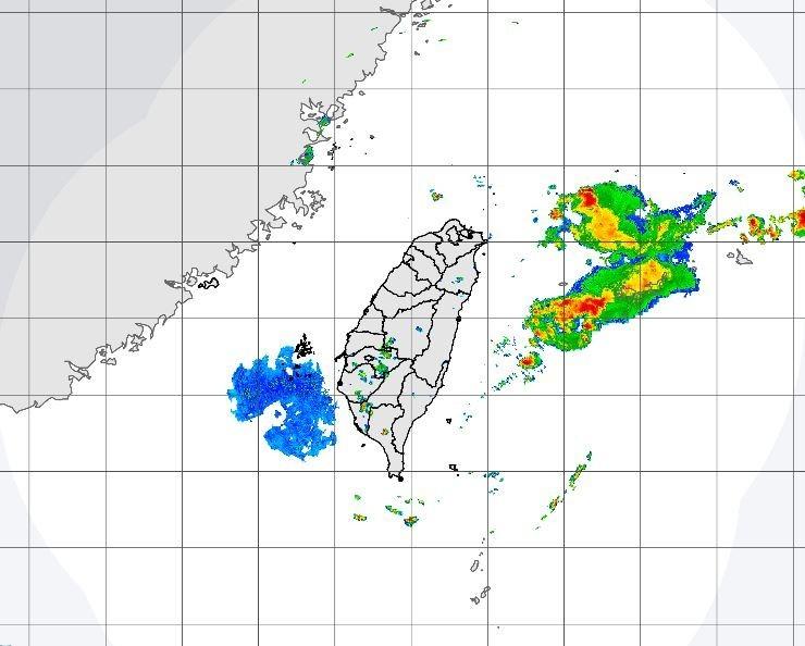 台灣上空到台灣海峽一帶的鋒面結構並不好,降雨不明顯。(圖擷自中央氣象局)