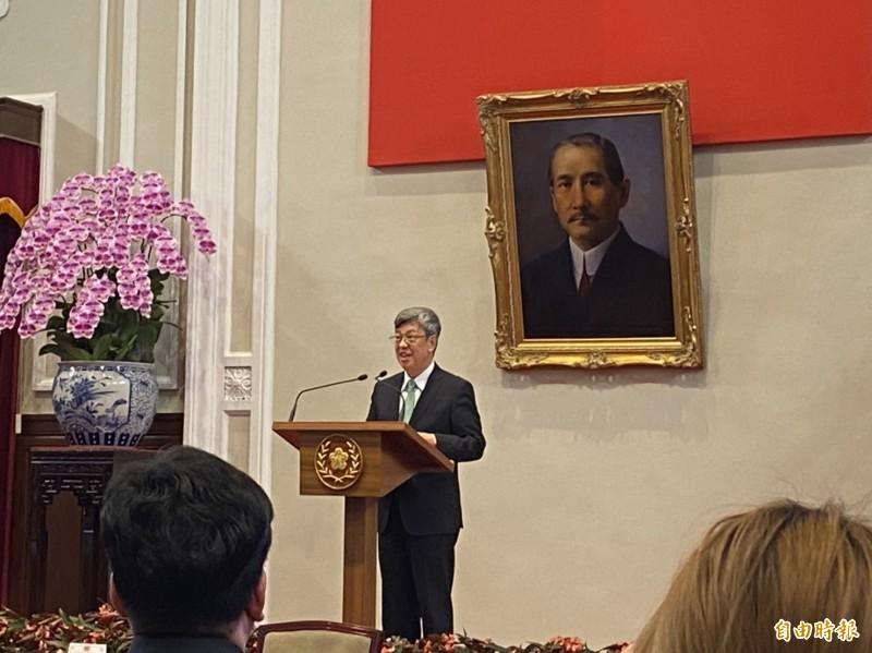 總統陳建仁卸任在即,14日與媒體茶敘時表示,謝謝全台灣民眾在他卸任時,送給他最好的禮物,就是「武漢肺炎防疫成功」,讓他再次看到台灣的無限美好、無限希望。(記者楊淳卉攝)