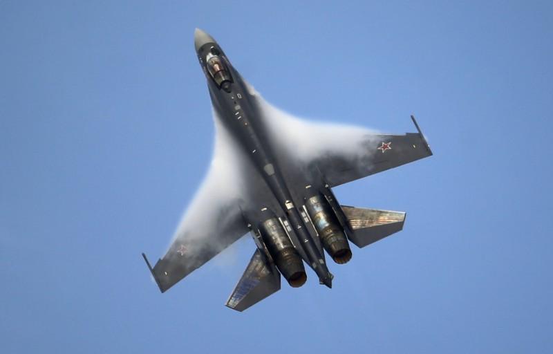 上週六(16日)有消息人士向《塔斯社》透露,俄國已啟動埃及蘇-35戰鬥機生產,但受限於邊界封鎖問題,交付時間未定,圖為蘇-35戰鬥機。(美聯社)