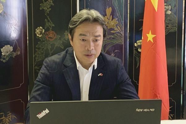 中國駐以色列大使杜偉(見圖)今(17)日被發現陳屍住所,享年58歲。(圖取自中國駐以色列大使館)