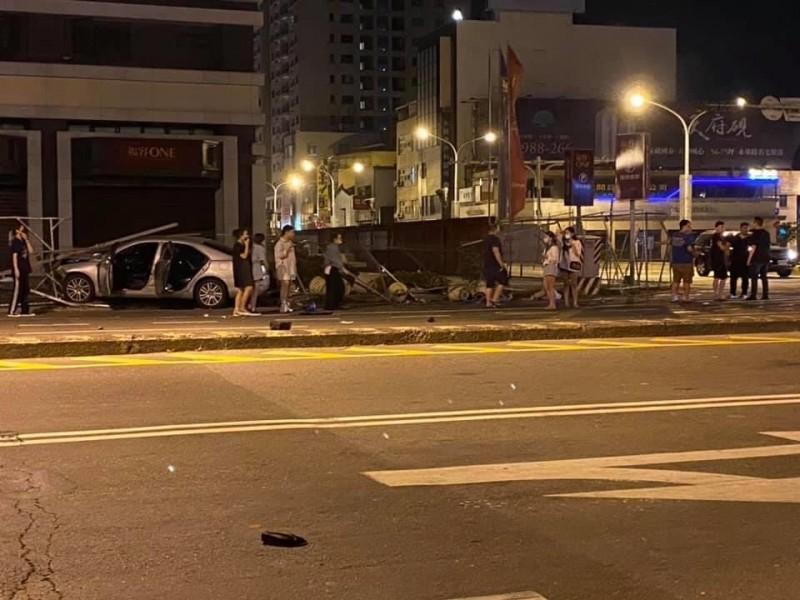 18日凌晨,台南中西區發生一件死亡肇逃車禍。(記者王俊忠取自網路)