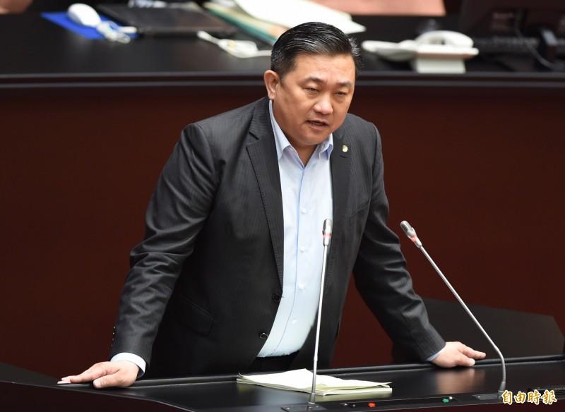 民進黨立委王定宇(見圖)指出,藍營說的「監看誰去投票」不是正常的「監票」。(資料照)