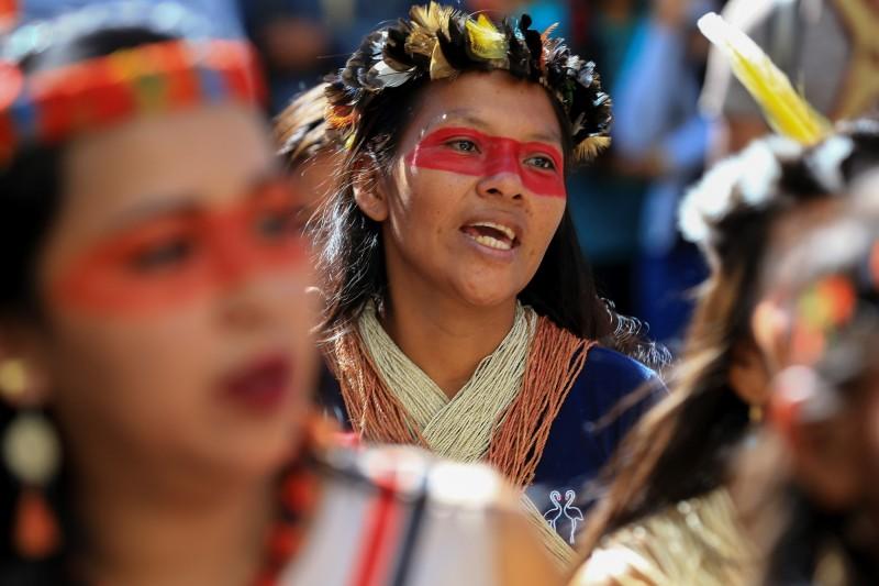 厄瓜多原住民族瓦拉尼族(Waorani)的社區出現首例確診,患者是名17歲孕婦。照片非當事人。(歐新社)