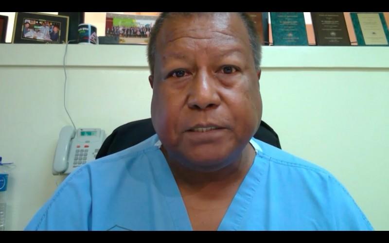 帛琉衛生部長羅伯茲今在WHA發言表示,全球爆發疫情時帛琉沒有能力或設施應對,台灣是第一個伸出援手的國家,台灣相信團結使所有人得益,因此儘管被排除在外,台灣仍一直幫助保護周圍人的健康,呼籲納入台灣參與。(翻攝自WHO直播)