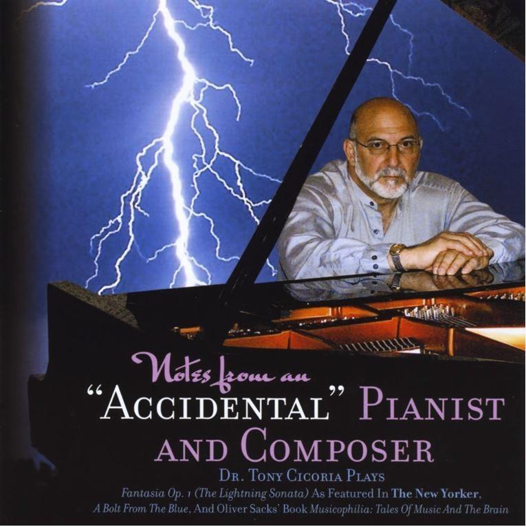 美國整形醫生齊歌利亞(見圖)自幼對音樂不感興趣,步入中年時被雷擊中後瘋狂愛上音樂,不僅自學彈鋼琴,還出了原創專輯。(圖擷取自YouTube)