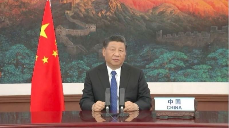 中國國家主席習近平(見圖)18日在WHA開幕中宣布,將提供國際20億美元(約新台幣600億元)抗疫。(翻攝自WHO直播)
