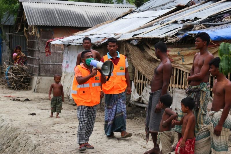 孟加拉灣20年來最強風暴「安攀」直撲恆河三角洲,印度與孟加拉兩國急撤當地居民,預計將撤離200萬人。(法新社)