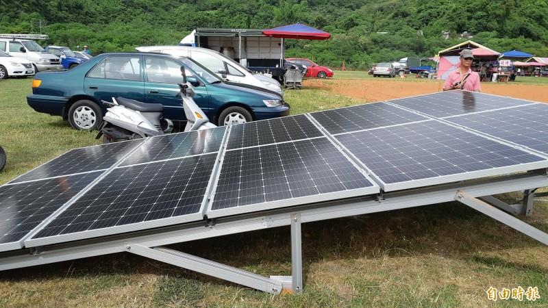 農地架設光電板,將造成農地非農用,衍生諸多問題。圖為光電宣導畫面,非實際農地種電。(記者黃明堂攝)