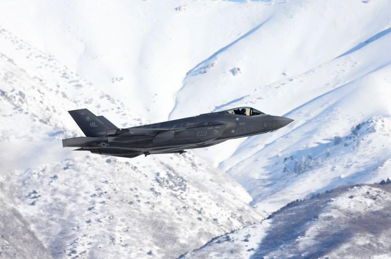 美空軍F-35A驚傳墜毀意外,此為該型號戰機第二次墜毀事故。F-35A示意圖,與本新聞無關。(路透)