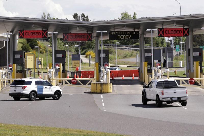 美國、加拿大和墨西哥同意將邊界禁令延至6月21日,以遏止武漢肺炎疫情傳播。(美聯社)