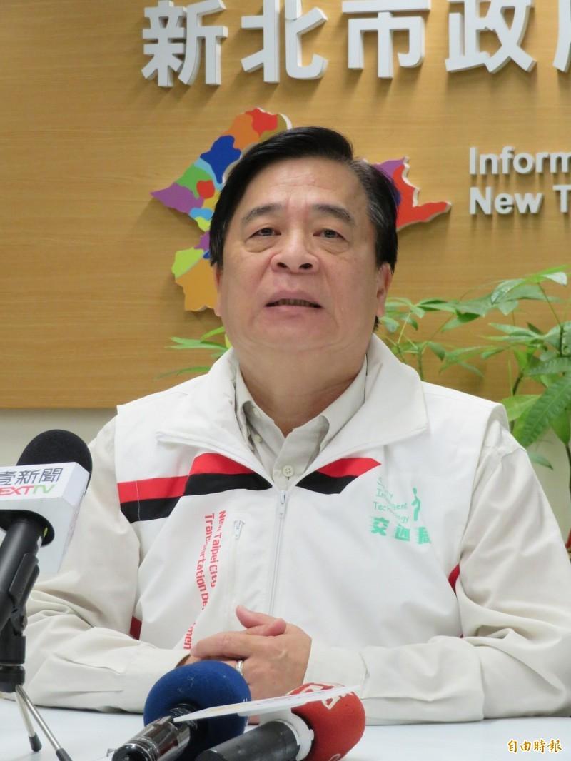 新北市政府交通局局長鍾鳴時表示,區間測試在新北市實施的成效明顯減少違規跟事故。(記者何玉華攝)