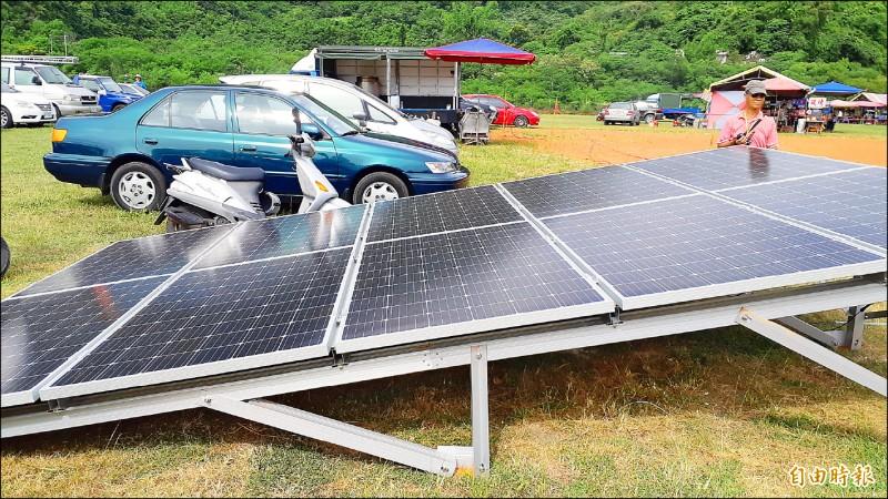 農地架設光電板,將因農地非農用,衍生諸多問題。圖為光電宣導畫面,非實際農地種電。(記者黃明堂攝)