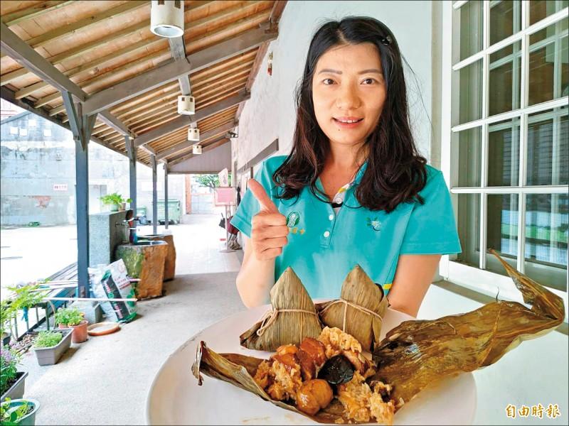 彰化福興鄉農會的爌肉粽,要以彰化人最自豪的爌肉,滿足所有饕客的胃。 (記者劉曉欣攝)