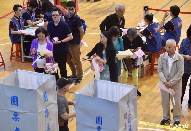 中選會表示投開票過程公開、透明,中國庶民黨的指控顯是刻意捏造、杜撰。(資料照)