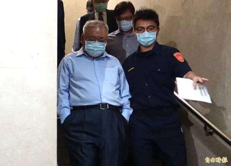 台北地檢署今早傳喚錢櫃董事長練台生。(記者王藝菘攝)