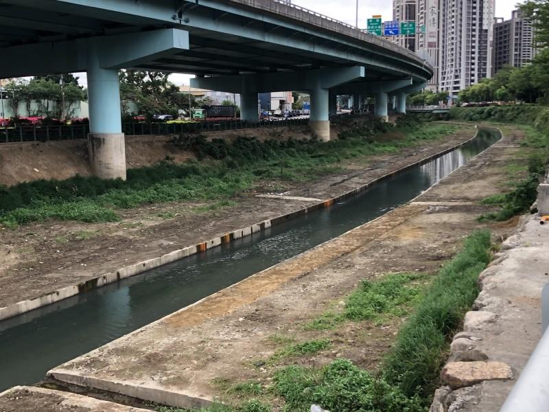 新北市政府水利局整治湳仔溝,將增加渠道子溝的綠化保水面積。(新北市政府水利局提供)